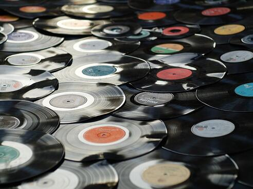 vinyl-1595847_1280